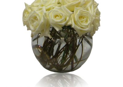 white-roses-in-fish-bowl