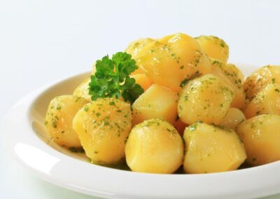 Red Potatoes with Butter and Parsley